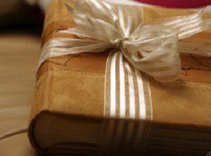 Love Letter Books (she: Heather Lynne)