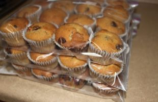 Making Banana Muffins In Bulk ~ Perfect for Freezing! (she: Wendy)