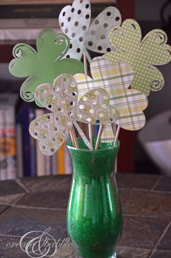 St Patrick S Day Shamrock Amp Vase Craft Plus Clever