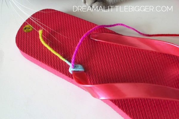 000-yarn-flip-flops-dream-a-little-bigger