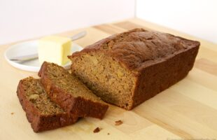 Apple Banana Bread (she: Ruthie)