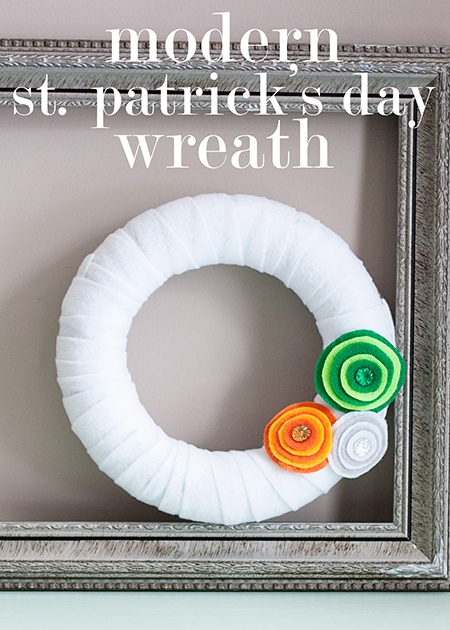 modern-st.-patrick's-day-wreath