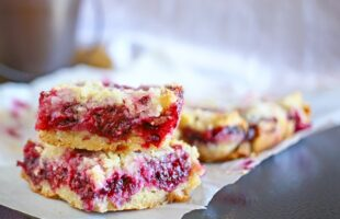 Blackberry Crumb Bars (she: Gina)