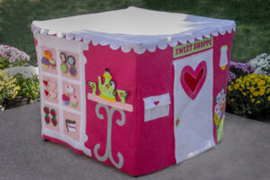 Card Table Playhouse Review & Giveaway!!