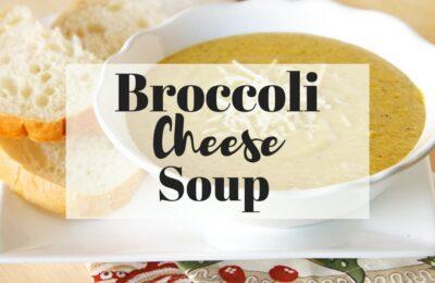 Panera Bread Broccoli Cheese Soup (copycat) www.orsoshesays.com #panerabread #broccolicheesesoup #recipe #copycatrecipe