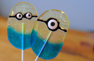 Simple Jolly Rancher Minion Lollipop Tutorial … all you need is 10 minutes! (she: Adelle)