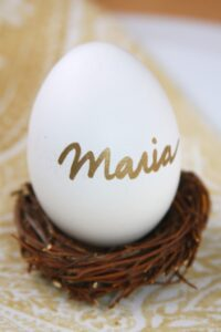 Easter Place Setting Idea … using simple craft supplies (she: Maria)