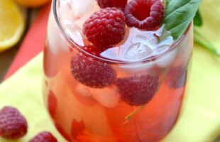 raspberry citrus green tea cooler