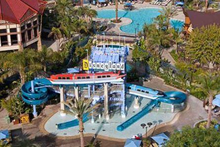 DisneylandHotelPool