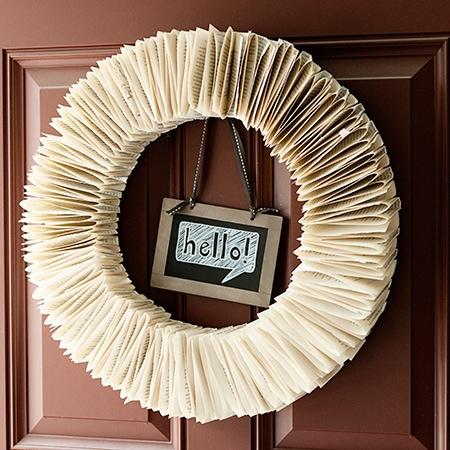 DIY-Bookpage-Wreath