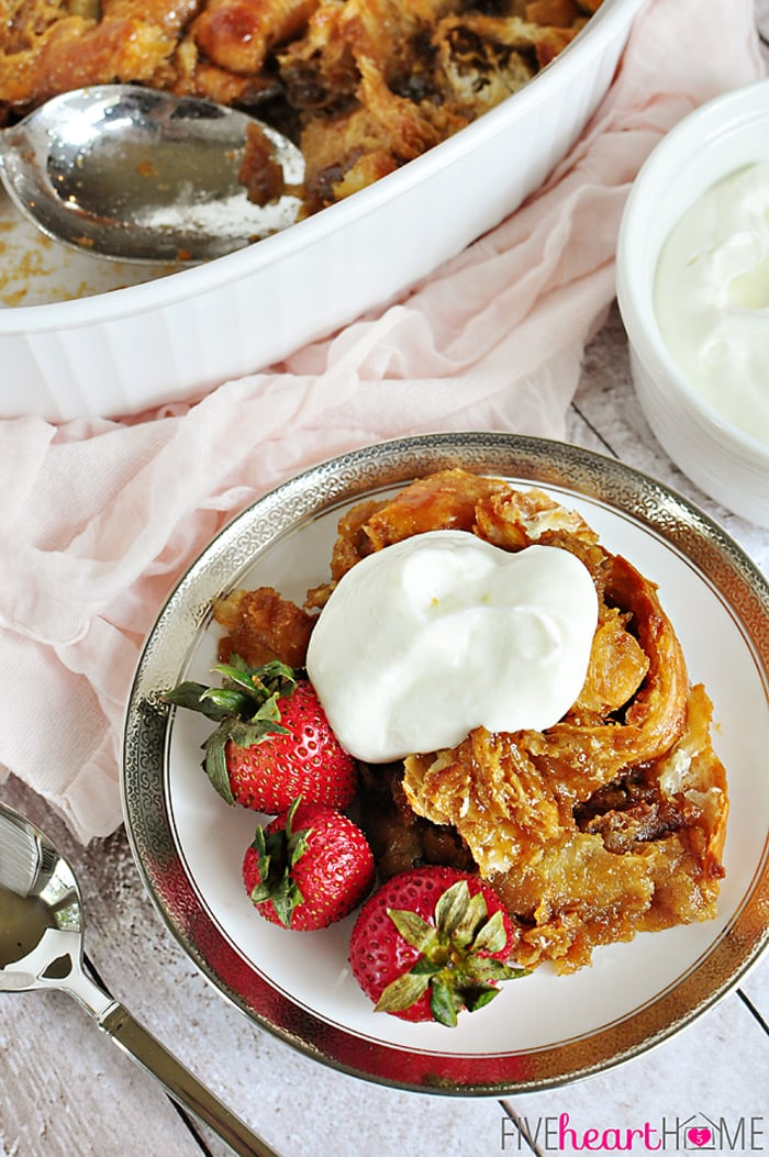 Easy Caramel Croissant Bread Pudding (she: Samantha)