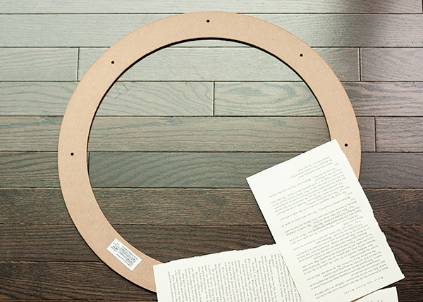 assemble-a-book-page-wreath