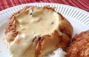 Cheesy Bacon Potato Soup in a Bread Bowl (she: Jana)