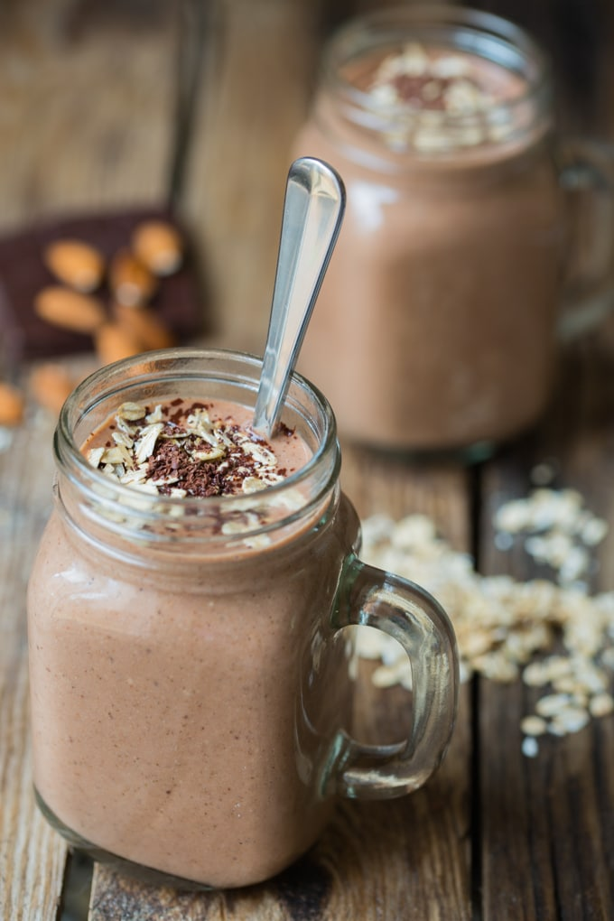 Oaty Chocolate HOT Smoothie - Kitchensanctuary.com