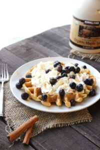 Coconut Cinnamon Waffles (she: Christina)