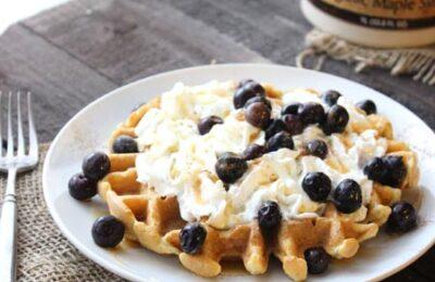 Coconut Cinnamon Waffles Recipe from @foodapparel