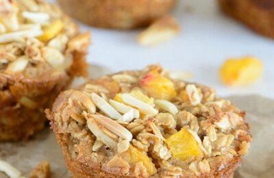 Baked Peach Almond Oatmeal CUps