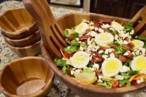 Heavenly Seven Veggie Salad (she: Cynthia)