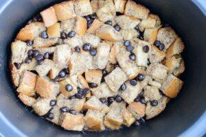 Crock Pot Chocolate Chip French Toast (she: Jen)