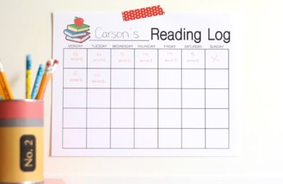 Free Printable reading log to keep track of kids' progress
