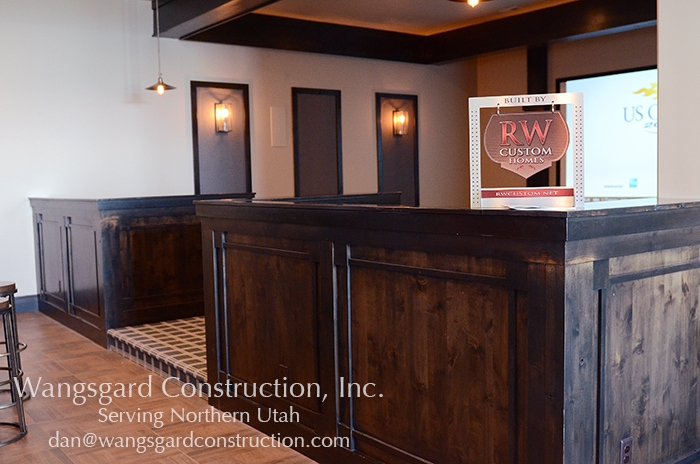 I would love a theater like this! Lots and lots of finish carpentry ideas from Mariel's husband, a Utah finish carpenter!