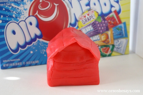 Make snoopy's dog house with your kiddos using Airheads candy