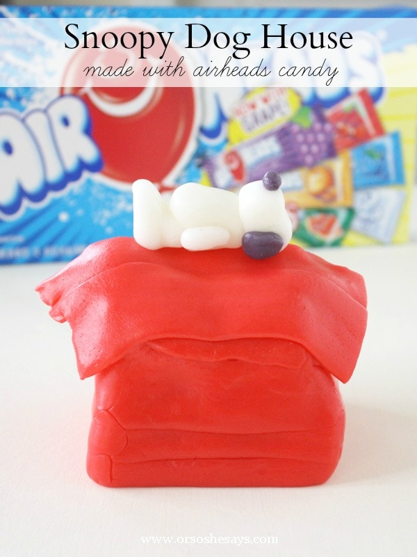 Make a Snoopy dog house with your kiddos using Airheads candy.