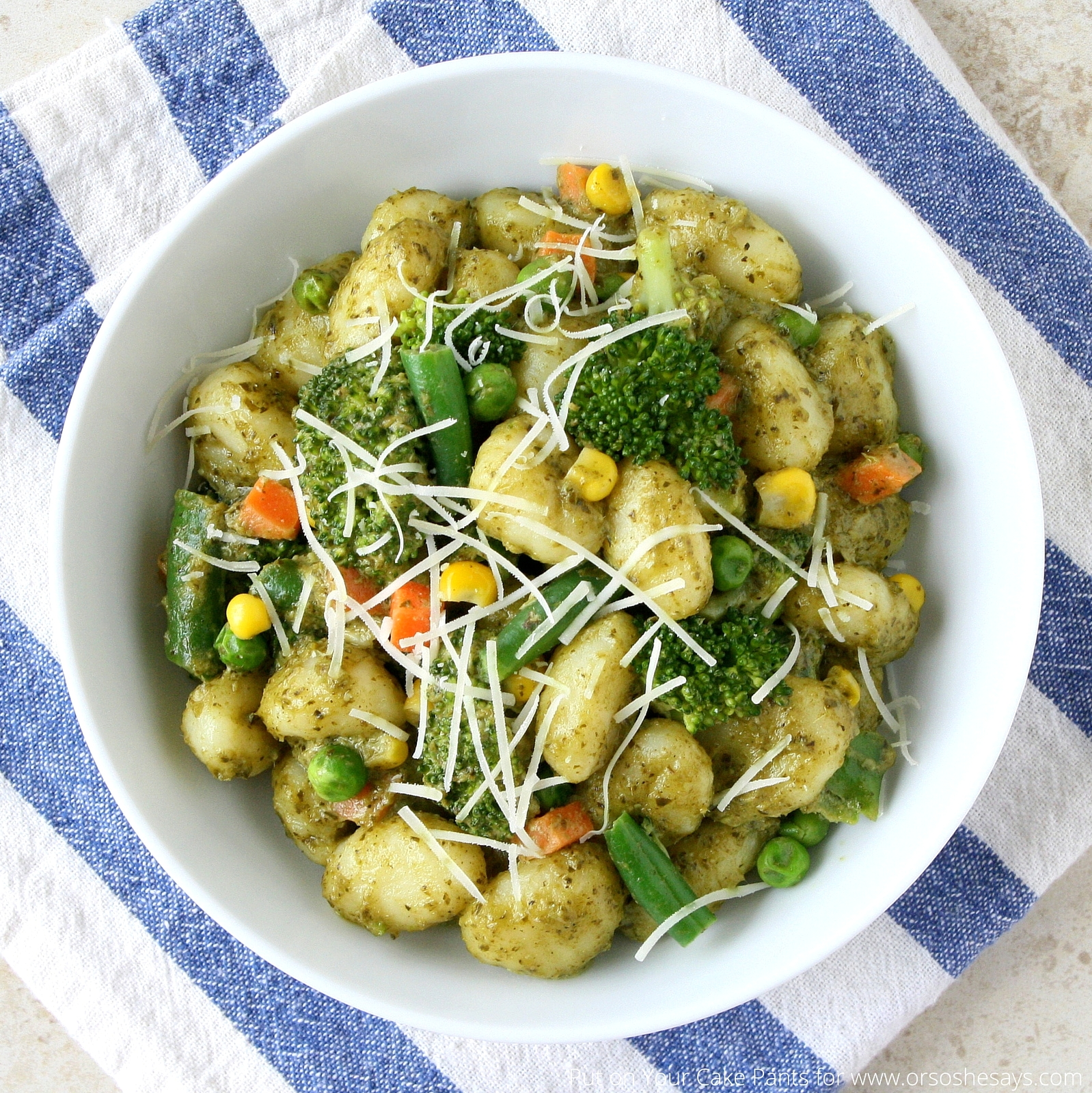 Creamy Pesto Gnocchi - Filled with fresh vegetables and tons of flavor!