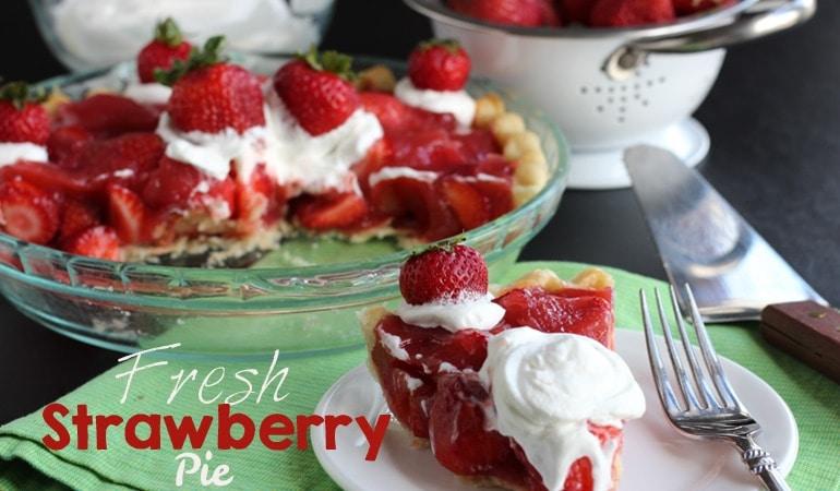 Fresh Strawberry Pie (she: Leesh & Lu)