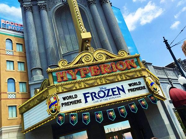 Frozen-Live-at-Disneyland-this-Summer