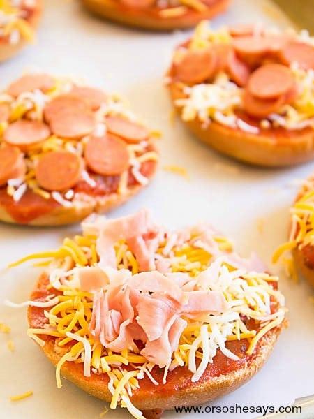 Mini Bagel Pizza