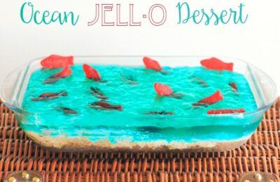 """This ocean Jello Dessert is the perfect addition to your next summer party - Whether you're watching """"Finding Dory"""" or sitting poolside yourself, it's sure to make a splash!"""