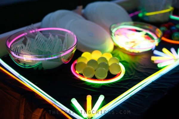 16 Teenage Birthday Party Ideas - Be the Cool Parent on the