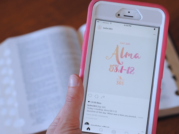 Simple Ways to Add the Scriptures to Your Day (she: Adelle)