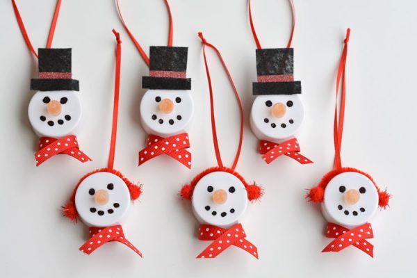 22 DIY Christmas Ornaments
