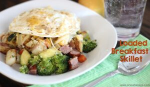Loaded Breakfast Skillet – Filling and Delicious! (she: Leesh & Lu)