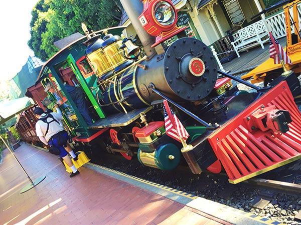 If you've ever wondered what the best rides for toddlers at Disneyland are, keep reading! We're going to cover everything from can't miss rides to attractions you'll want to second guess. www.orsoshesays.com