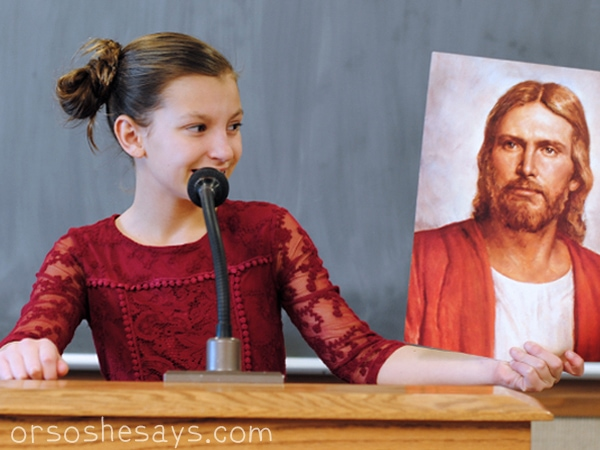 Primary children can share the gospel now. These printable primary talks are about how children can be missionaries through their example. #ORSOSHESAYS #OSSS #LDS #PrimaryTalk #Mormon #MissionaryWork
