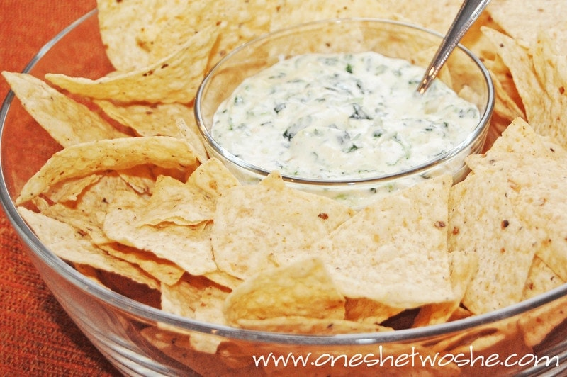 spinach artichoke dip with pepper jack cheese